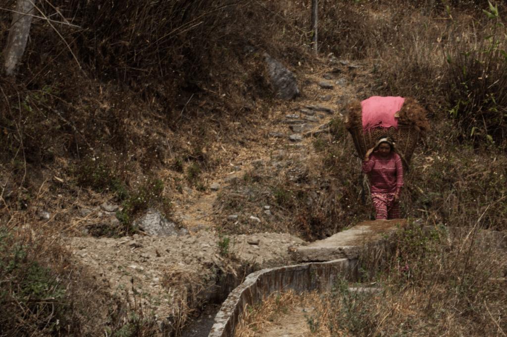 nepal_travelogue_people4_maugodudek